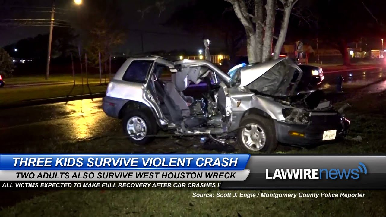 Three Kids Survive Violent Houston Crash | Law Wire News | January 2016