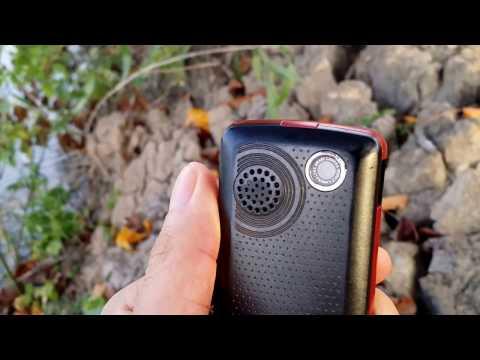 Review điện thoại LG GS190 Wireless FM Rec