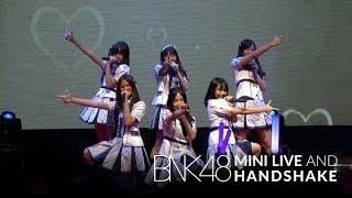 「Oogoe Diamond –ก็ชอบ ให้รู้ว่าชอบ–」from BNK48 Mini Live and Handshake / BNK48