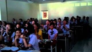 ngày 20-10 của 11dma1 đại học tài chính marketing.mp4