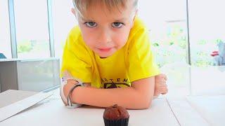 Historia de Vlad y Niki sobre cómo los niños quieren los mismos juguetes