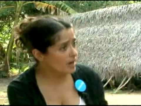 SALMA HAYEK Breast Feeds A Hungry African Child | Actress Act Of Love !