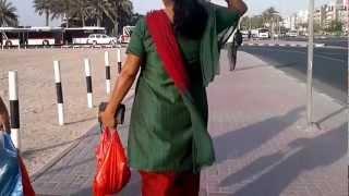 Reshmi kaproon wali anti ki walk