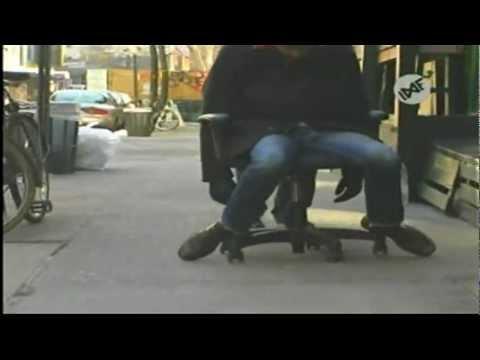 #3 Empujando un Cadáver por la Quinta Avenida - Los Ladrones Más Tontos del Mundo