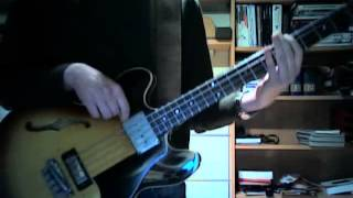 The Menahan Street Band - Lights Out (KEXP bass cover improvisation)