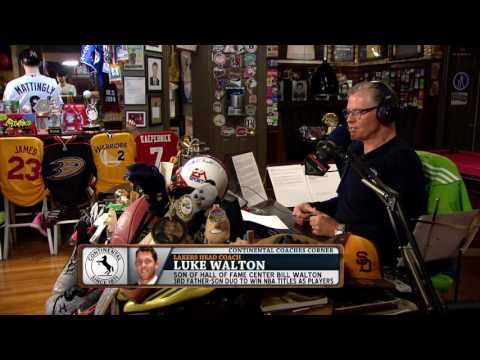 Lakers Head Coach Luke Walton explains what it was like having Bill Walton as a dad