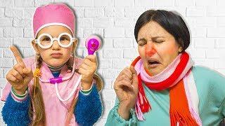 МАМА Простудилась и ЗАБОЛЕЛА ! Как Ее ЛЕЧИТЬ ? ЯНА КАК ДОКТОР и ВРАЧ Лечит МАМУ ! СКЕТЧ 7+