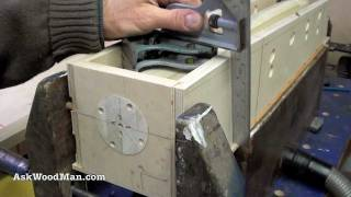 11 Of 23 • Wood Routers: How To Make A Jig To Route A Tapered Fluted Leg