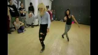 8 Flavahz - Upgrade U -Beyonce *Mirrored*