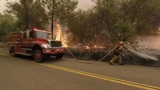 360 video shows firefighters protecting Igo from Carr Fire on July 28