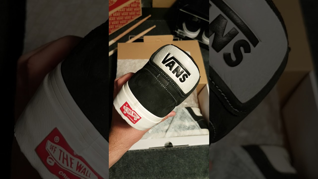 861118a9598 Unboxing Vans OG Mid Skool LX  VAULT by VANS  - YouTube