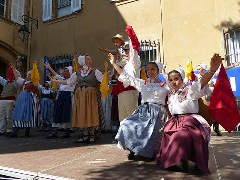 Aix-en-Provence, Fête des Calissons 2014, danses provençales