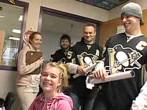 Sidney Crosby Visits the Children's Hospital of Pittsburgh