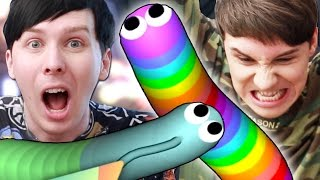 Dan and Phil are terrible at SLITHER.IO!