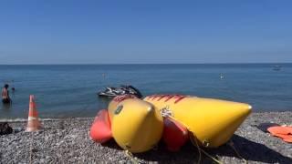 Сентябрь - это ещё лето, жара!!! Пляж