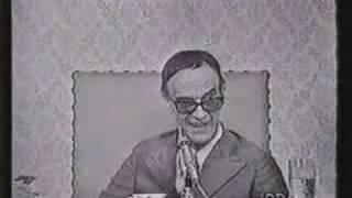 Chico Xavier - Pinga Fogo 1971 - Parte 6/10 - Água na Lua: Chico já sabia