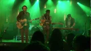 Смотреть клип Lime Cordiale - What Don't You Like About Me | Live
