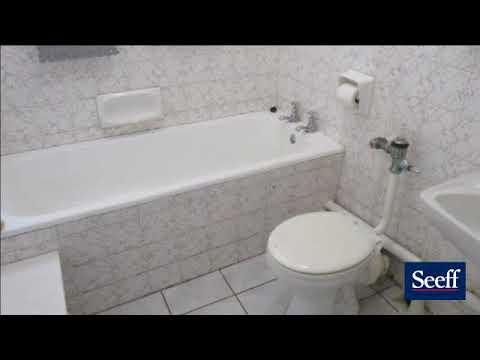 2 Bedroom Flat For Sale in Amanzimtoti, KwaZulu Natal, South Africa for ZAR 875,000