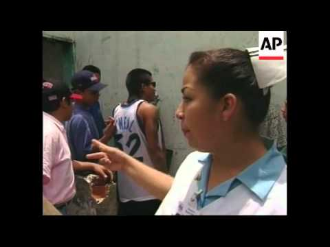 EL SALVADOR: HEALTH CARE & ADVICE FOR VIOLENT GANGS