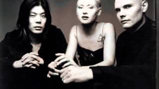 Smashing Pumpkins - Transmission (live long Joy Division cover)