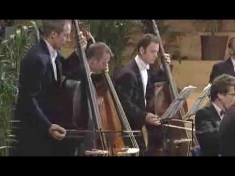 Live concert: Mozart, Symphonies 39 & 40