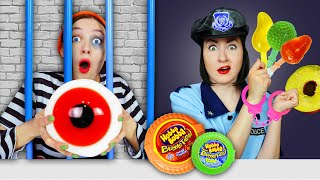 Mukbang Giant Eyeball Jelly! Escaping from a Candy Jail! Challenge by Pico Pocky