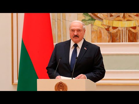 Лукашенко во Дворце Независимости вручил госнаграды