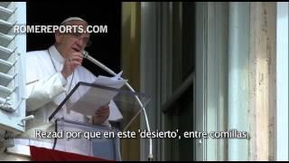 Francisco en el Ángelus: Rezad para que la Curia y yo superemos las tentaciones