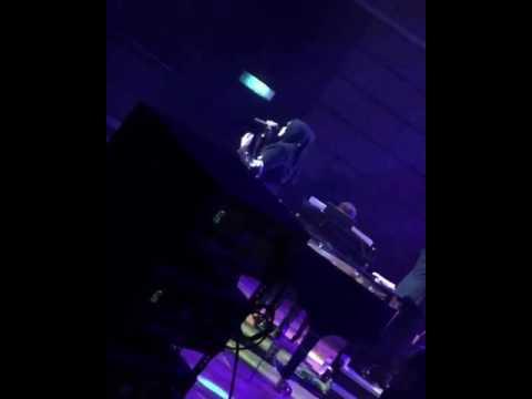 Dato' Siti Nurhaliza balas dendam selepas didakwa terkucil nyanyi live #ABPBH30 - Bersandar Cinta