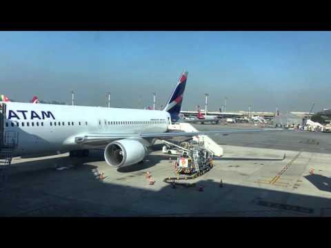 Primer vuelo LATAM