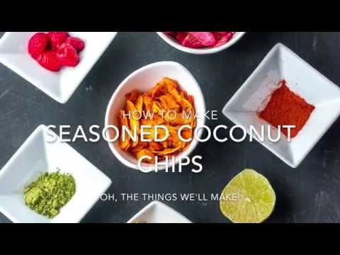 How to Make Seasoned Coconut Chips From Scratch