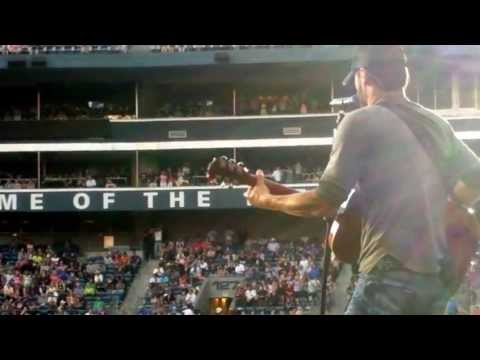 Eric Church Throws his Guitar Onto the Stage - Seattle 6/1/13 - Springsteen
