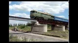 Взорванный мост в г.Орехов зажил новой жизнью(Видео обновленного Ореховского моста снято корреспондентами сайта zp.vgorode.ua., 2014-07-05T08:32:40.000Z)