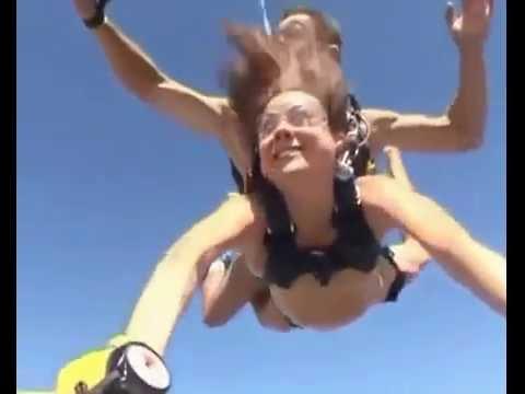 Голая девушка прыгнула с парашютом  на аэродроме Майское под Днепропетровском 4 200 м