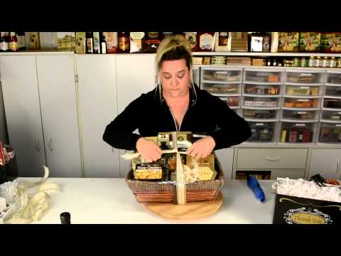 How to make the Corporate Gift Basket Kit with Debbie Quintana