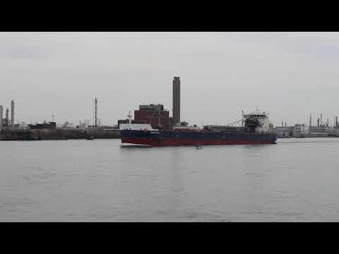 Algoma Niagara Sailing on Lake Huron in Port Huron, MI (4-10-2021)