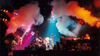 Pink Floyd Pigs(Three Different Ones) Fort Worth 1977 part 1