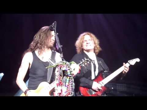 "Tesla  ""Song And Emotion"" Live  2-14-2017 Nashville At The Ryman"