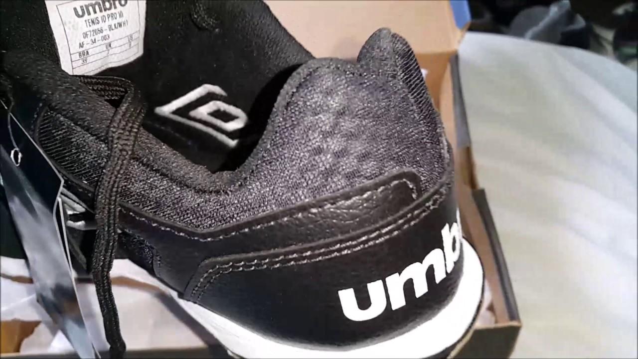 Umbro PRO III - YouTube 97e0f5fbd6402