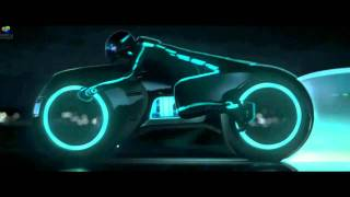Repeat youtube video TRON 1982 vs TRON Legacy 2010