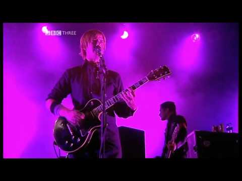 Interpol - N.A.R.C. [HD] (Live T in the Park 2005)