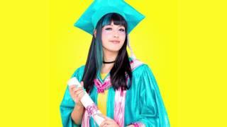Kero Kero Bonito - Graduation