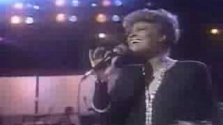 Dionne Warwick - Heartbreaker - Live 1985