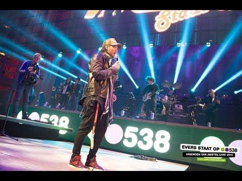 Waylon - Billie Jean live bij Evers Staat Op