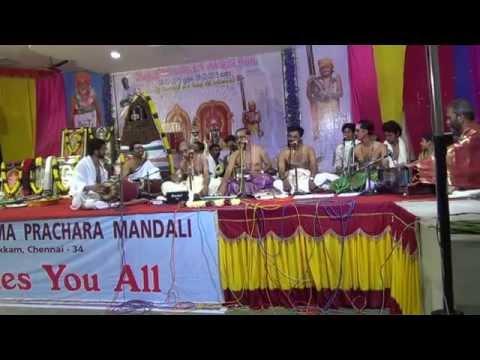 00009 Guruvayoor Bajan Mandali -Shri HARIHARAKRISHNAN BAGAVATAR AND PARTY