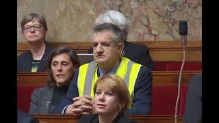 """Jean Lassalle en gilet jaune à l'Assemblée : """"Je n'avais pas le choix"""""""