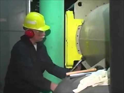 Hinge Demonstration - Universal Hinge Corporation (UHC)