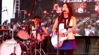 """Shonen Knife (少年ナイフ) performing """"Anime Phenomenon"""" live at Tok..."""
