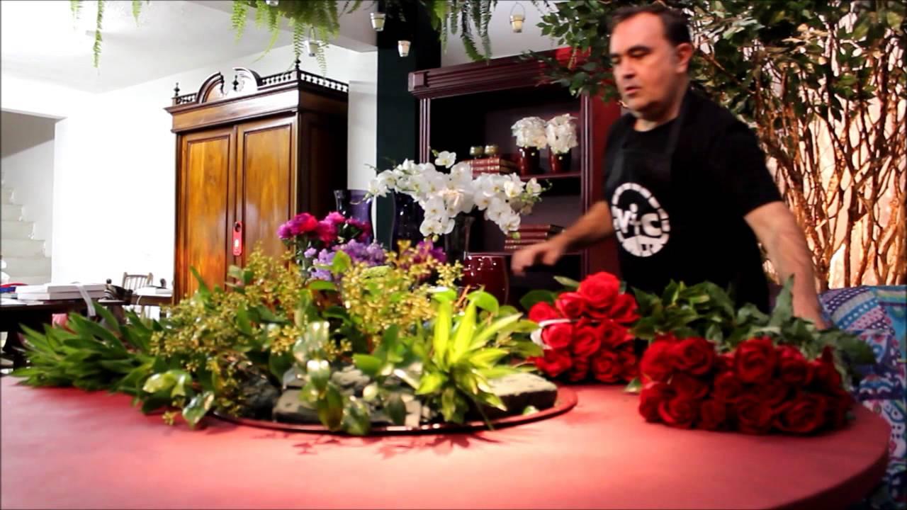 Arranjo De Flores Para O Dia Dos Namorados