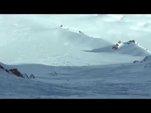 Heliski powder snow in Chile